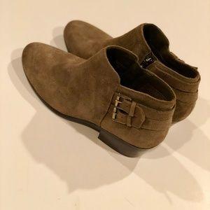0b0fe4c4a Sam Edelman Shoes - NWOT Sam Edelman Petal Suede Ankle Booties